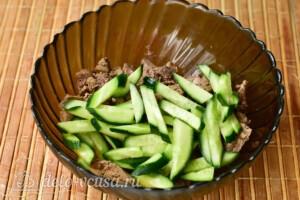 Салат с куриной печенью и свежим огурцом за 20 минут: фото к шагу 6