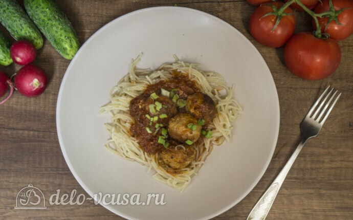 Тефтели из свинины в томатном соусе