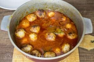 Тефтели из свинины в томатном соусе: фото к шагу 9.