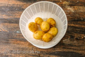 Теплый салат с молодым картофелем и спаржей: фото к шагу 1.