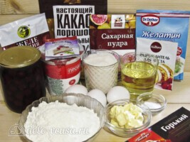 Торт Божья коровка по мотивам Вишневого Панчо: Ингредиенты