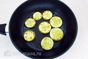 Закуска из кабачков, яиц и зелёного лука за 25 минут: фото к шагу 2.