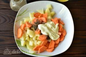 Жаркое из курицы с овощами в мультиварке: фото к шагу 2.