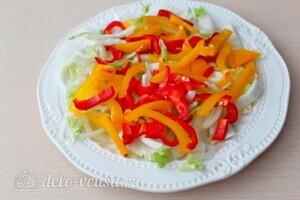 Греческий салат с пекинской капустой: фото к шагу 3.