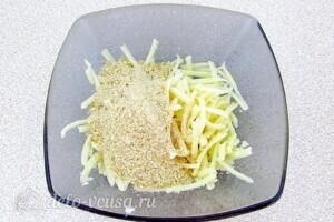 Кабачки с тмином и сыром в микроволновке: фото к шагу 8