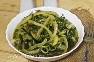 Летний салат по-корейски: фото к шагу 12.