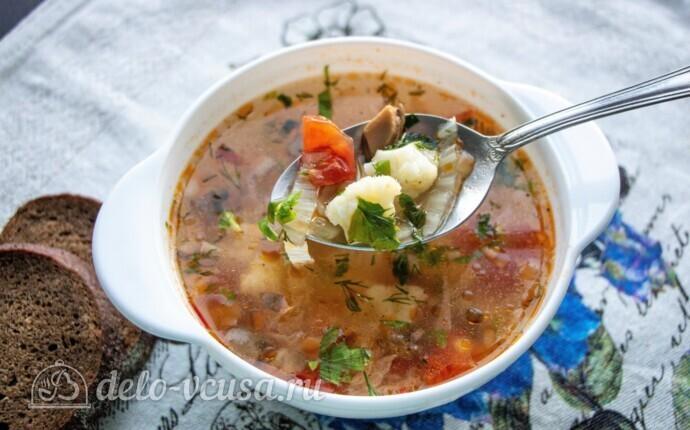 Низкокалорийный овощной суп с шампиньонами