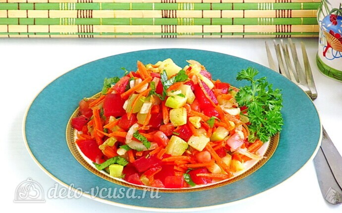 Салат Дачный перекус из жареных кабачков