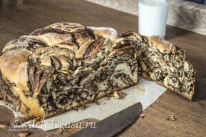 Булка с шоколадом и орехами: фото к шагу 14