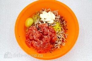 Кабачки-бублики с мясом и грибами: фото к шагу 5.