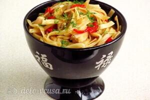 Лапша с курицей в китайском стиле: фото к шагу 11.