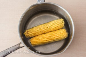 Медовая кукуруза в молоке: фото к шагу 2.