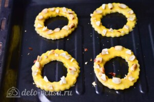 Песочные кольца с орехами: фото к шагу 6.