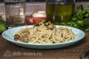 Спагетти с тунцом и грибами за 20 минут: фото к шагу 6.