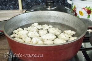 Куриное филе с цветной капустой в духовке: фото к шагу 2.