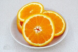 Компот из черноплодной рябины с апельсином: фото к шагу 2