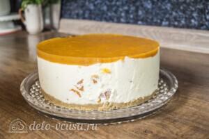 Муссовый торт с абрикосами: фото к шагу 14.