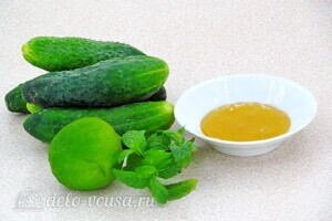 Огуречный смузи с мятой и лаймом: Ингредиенты