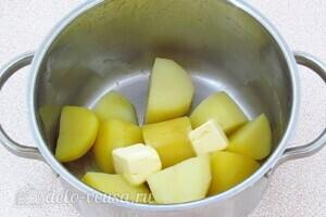 Рулет из лаваша с сельдью и картошкой: фото к шагу 3.