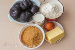 Карамельный сливовый пирог: Ингредиенты