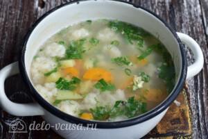 Суп с рыбными фрикадельками из минтая: фото к шагу 11.