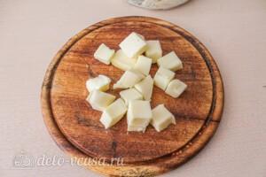 Сырники с сыром и зеленью: фото к шагу 5.