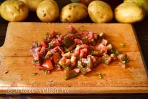 Жаркое с помидорами и грибами в мультиварке: фото к шагу 3.