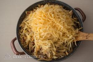 Макароны с фаршем в сырном соусе: фото к шагу 11.
