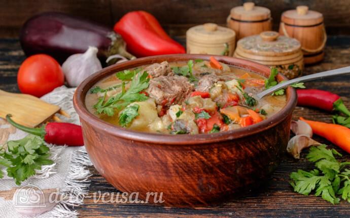 Тушеная говядина с картошкой и овощами