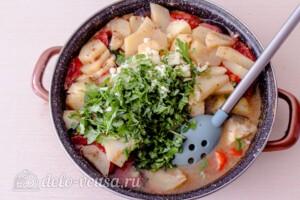 Тушеная говядина с картошкой и овощами: фото к шагу 8.