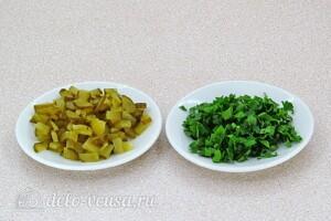 Овощной салат с колбасой: фото к шагу 1.