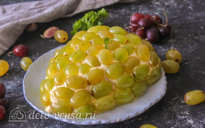 "Салат ""Тиффани"" с курицей и ананасом"