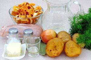 Суп с лисичками и курицей: Ингредиенты
