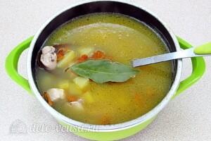Суп с лисичками и курицей: фото к шагу 12.