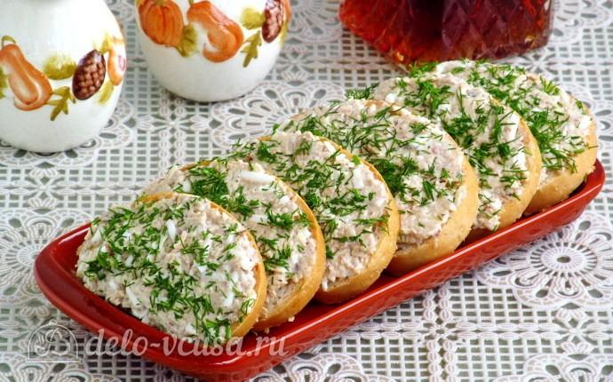 Бутерброды из сайры, яиц и сыра