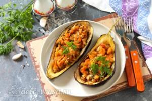 Баклажаны, фаршированные грибами и овощами: фото к шагу 12.