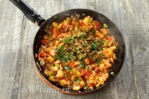 Баклажаны, фаршированные грибами и овощами: фото к шагу 9.