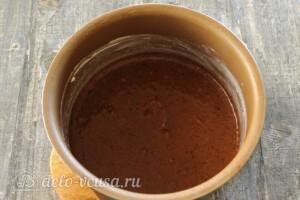 Шоколадно-банановый пирог в мультиварке: фото к шагу 8.