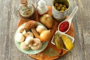 Солянка с грибами и картошкой: Ингредиенты