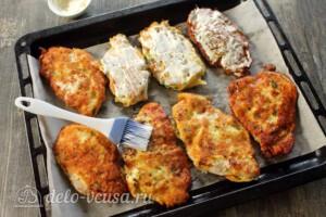 Куриные отбивные в картофельном кляре: фото к шагу 7.