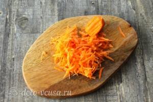 Лечо с фасолью и морковью на зиму: фото к шагу 7.