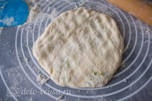 Лепешки с творогом и зеленью на сковороде: фото к шагу 12.
