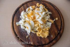 Салат с курицей, виноградом и грушей: фото к шагу 3.