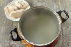 Тыквенный суп с курицей и сыром: фото к шагу 2.
