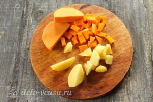 Тыквенный суп с курицей и сыром: фото к шагу 7.