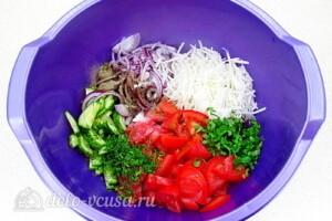 Андалузский овощной салат: фото к шагу 5.