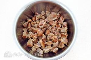 Куриные желудки в соево-чесночном соусе: фото к шагу 3.
