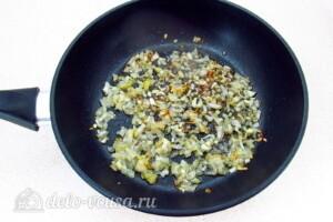 Куриные желудки в соево-чесночном соусе: фото к шагу 5.