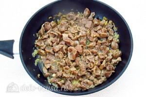 Куриные желудки в соево-чесночном соусе: фото к шагу 7.
