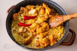 Курица карри с рисом и сливками: фото к шагу 7.